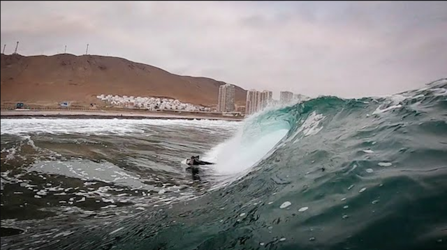 Small FUN SHALLOW Reef w/ Tristan Roberts and Jared Houston – Antofagasta, Chile | Raw POV